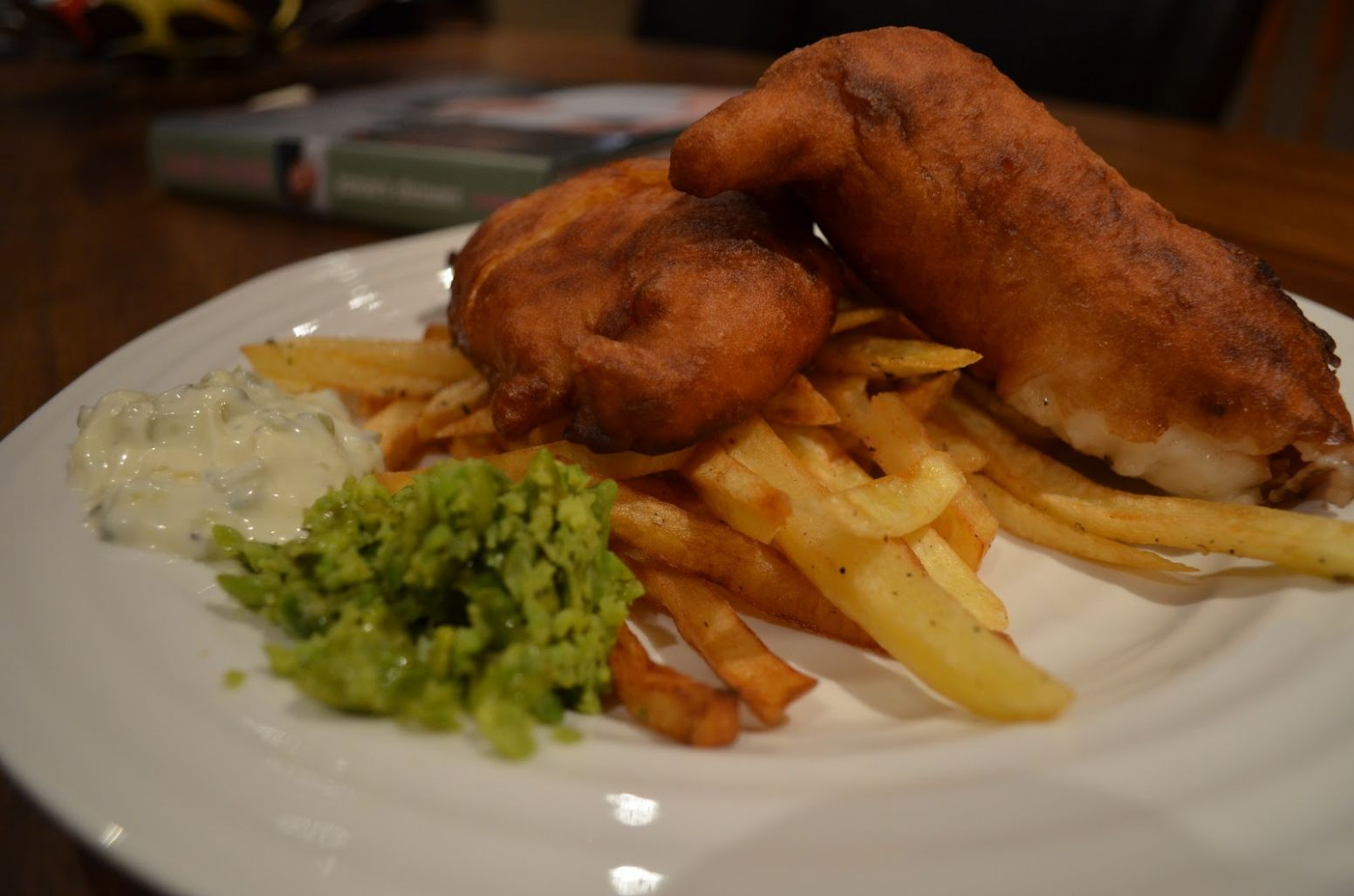 Foodie Funday Sunday: Jamie Oliver Fish, Chips & Mushy Peas - Recipe Fish And Chips Jamie Oliver