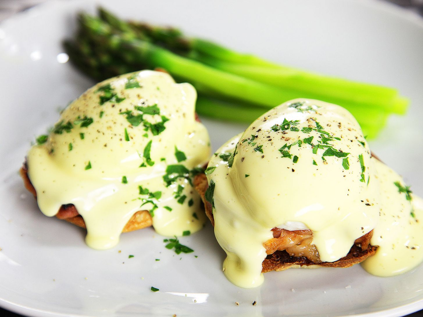 Foolproof Eggs Benedict Recipe - Recipes Egg Benedict