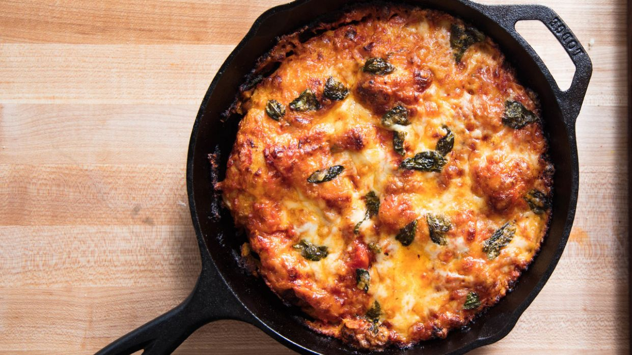 Foolproof Pan Pizza Recipe - Pizza Recipes Cast Iron Skillet