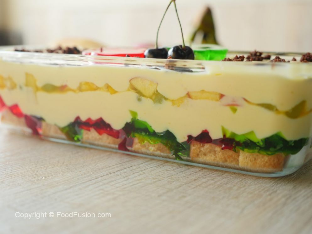 Fruit Custard Trifle – Food Fusion