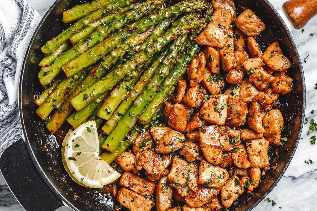 Garlic Butter Chicken Bites with Lemon Asparagus - Recipes Chicken Breast And Asparagus