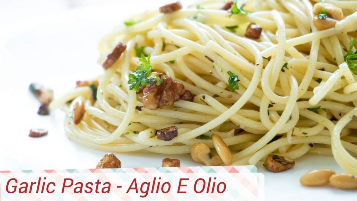 Garlic Pasta Recipe / No Sauce Pasta Recipe - Spaghetti Aglio e Olio - Recipes Pasta Without Sauce