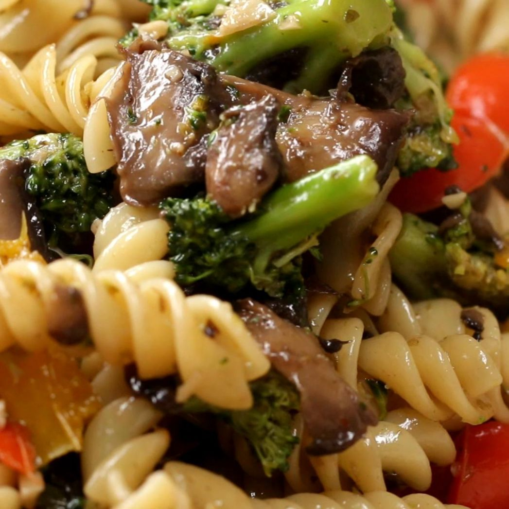 Garlic Veggie Rotini Pasta Recipe by Tasty - Vegetable Recipes Tasty