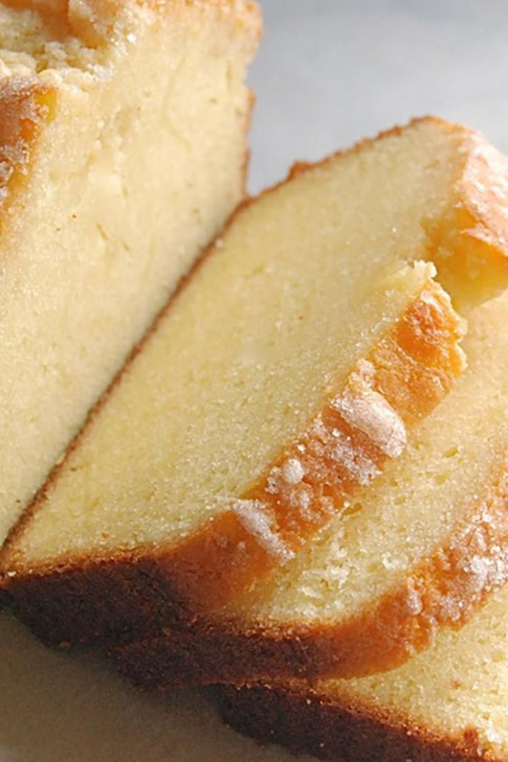Golden Vanilla Pound Cake - Dessert Recipes Vanilla