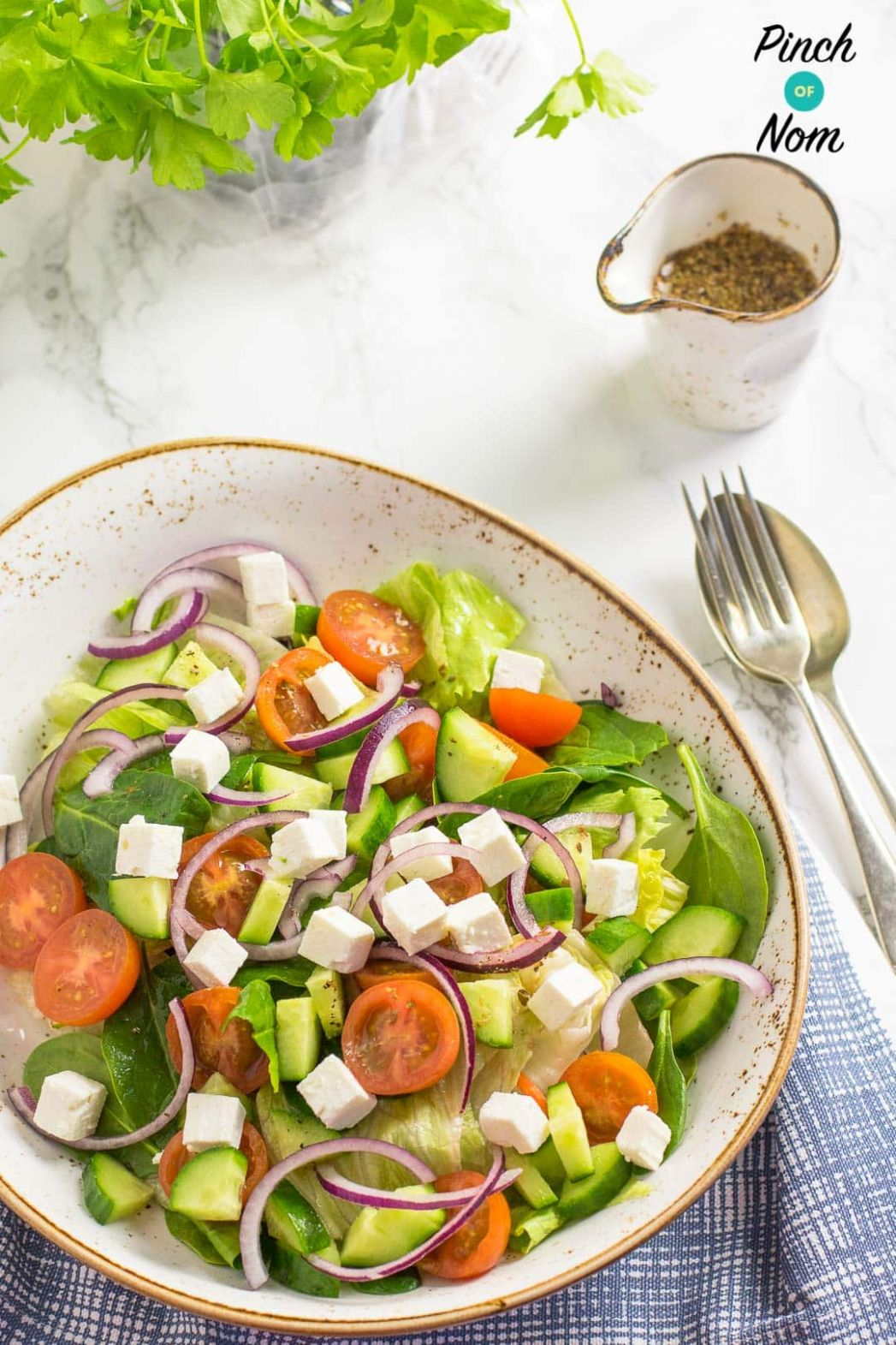 Greek Salad - Pinch Of Nom - Salad Recipes Slimming World