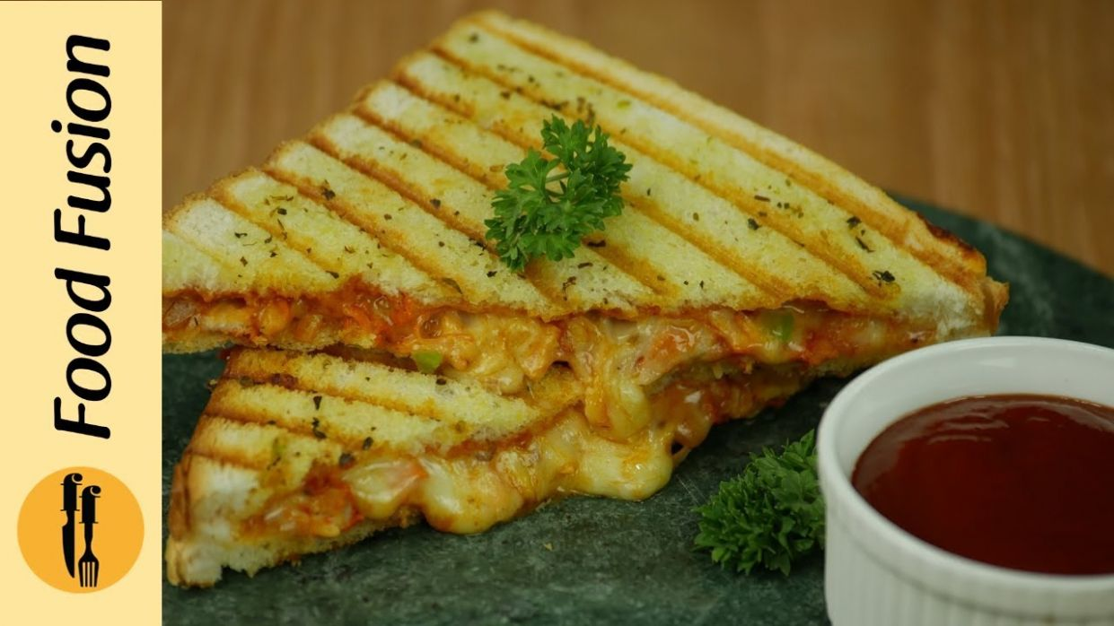 Grilled Pizza Sandwich Recipe By Food Fusion - Sandwich Recipes By Food Fusion