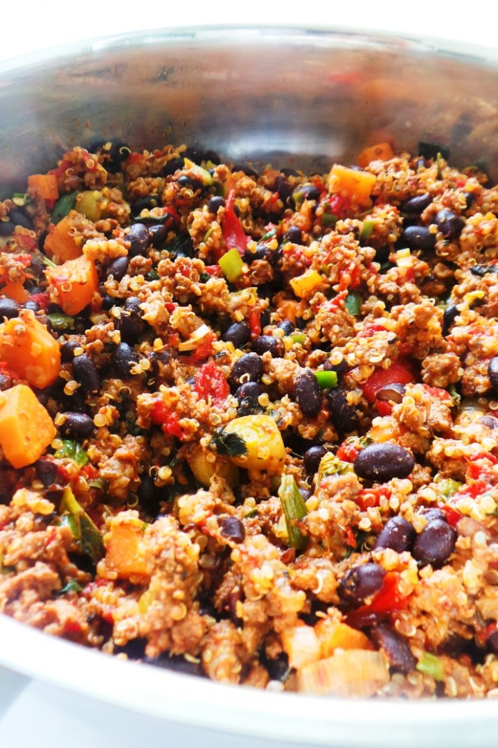 Ground Beef Dinner Skillet Recipe: Easy & Healthy