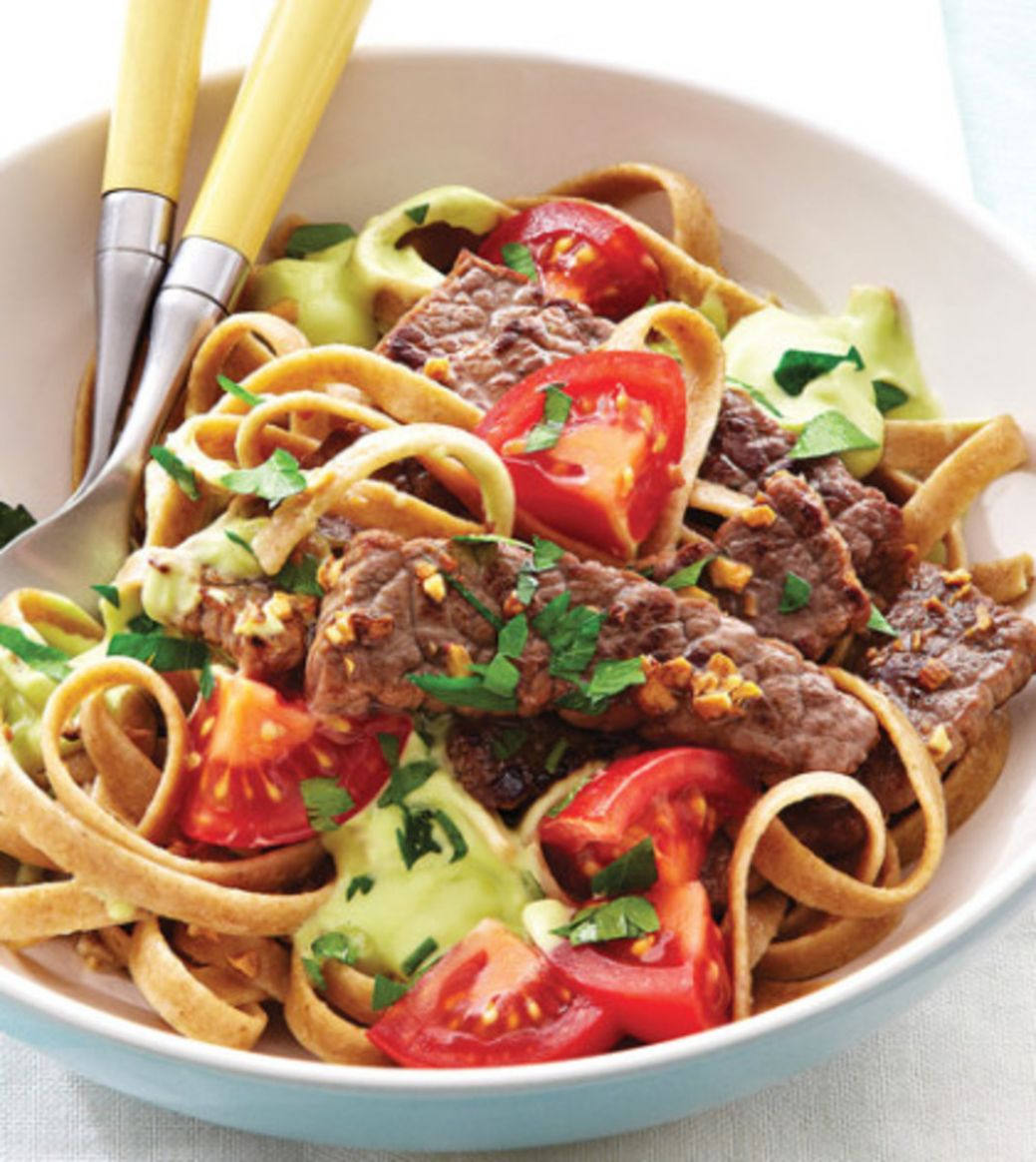 Guacamole Fettuccine with Sautéed Beef Strips Recipe - Clean ...