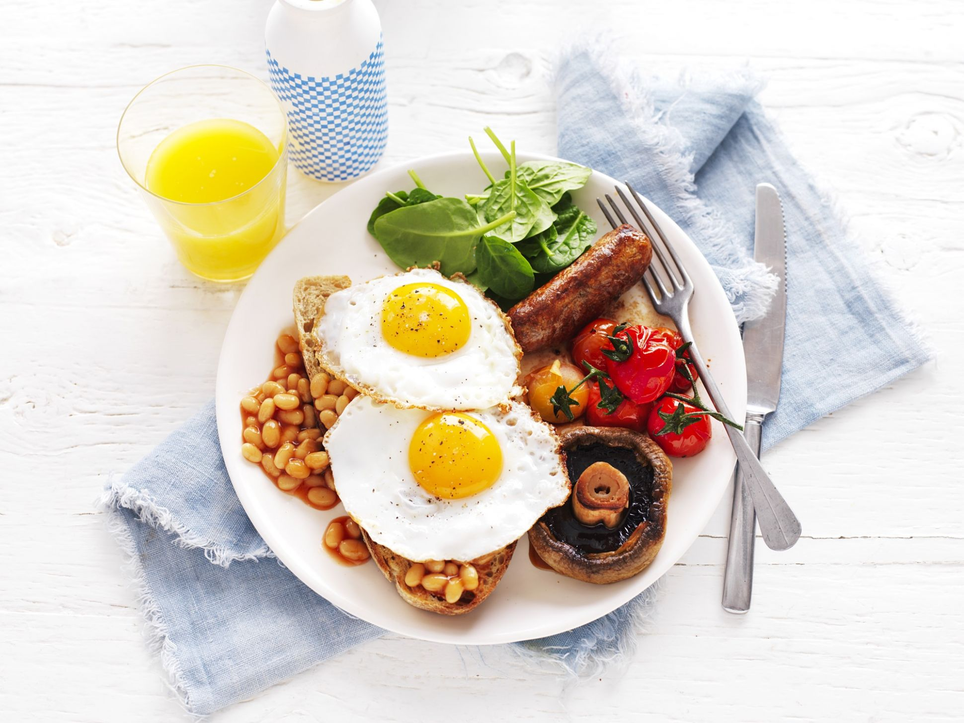 Healthy big breakfast with fried eggs