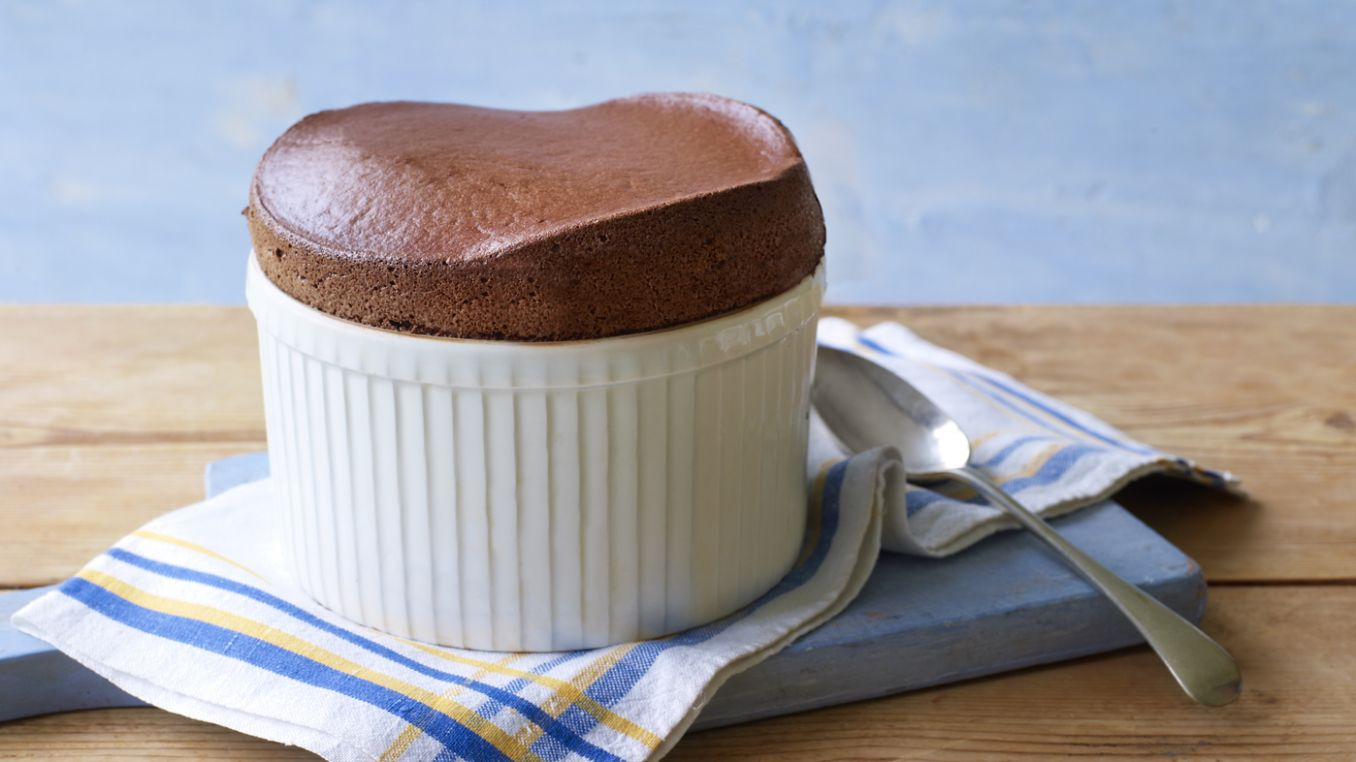 Hot chocolate soufflé - Recipes Chocolate Souffle