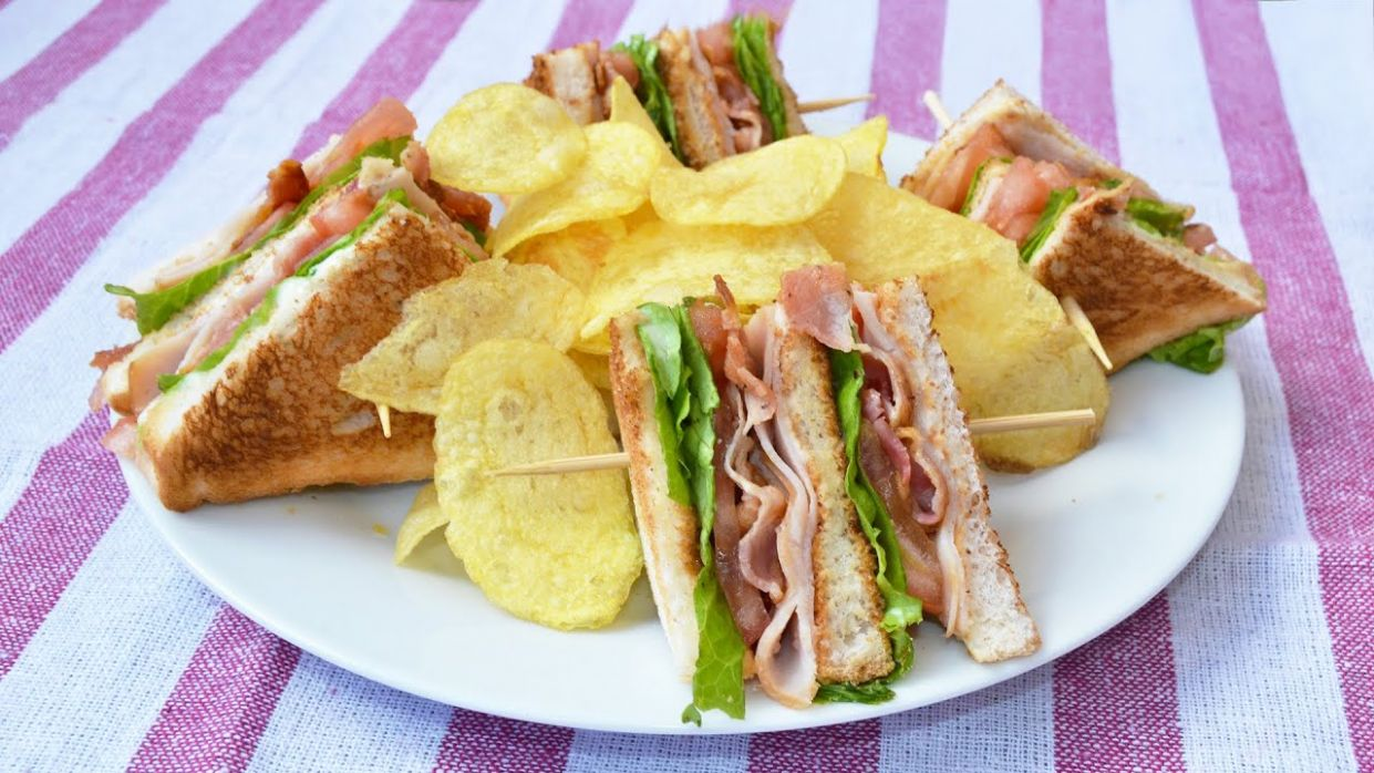 How to Make a Club Sandwich - Easy Club Sandwich Recipe - Sandwich Recipes Pinoy