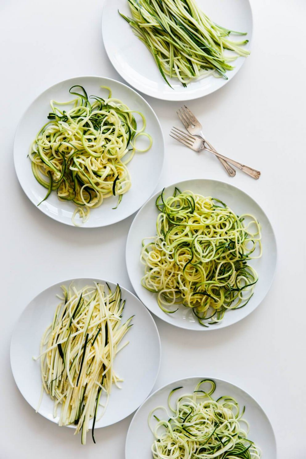 How to Make and Cook Zucchini Noodles (Zoodles) - Beginner's Guide ...