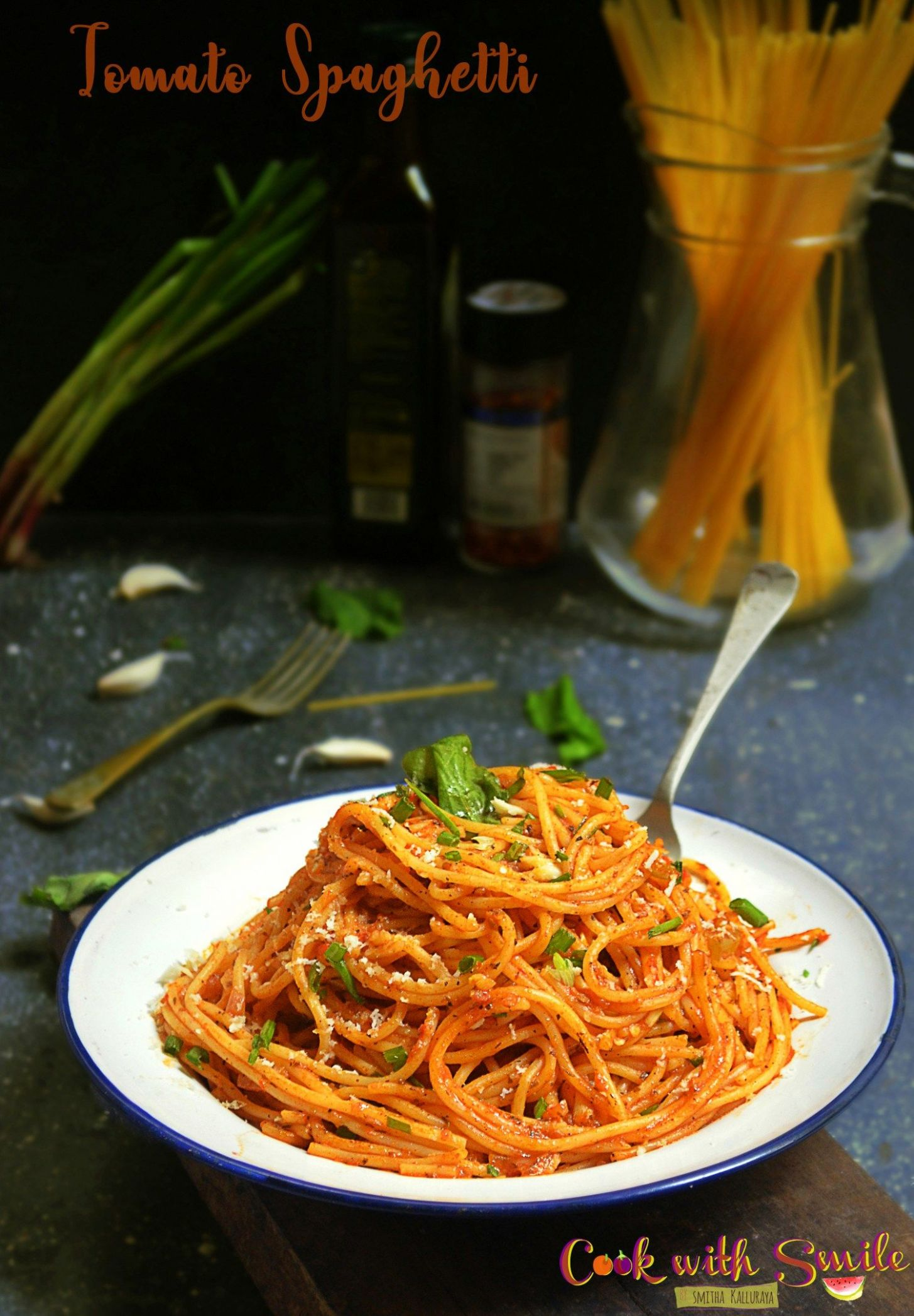 Indian style tomato spaghetti recipe / indian vegetarian spaghetti