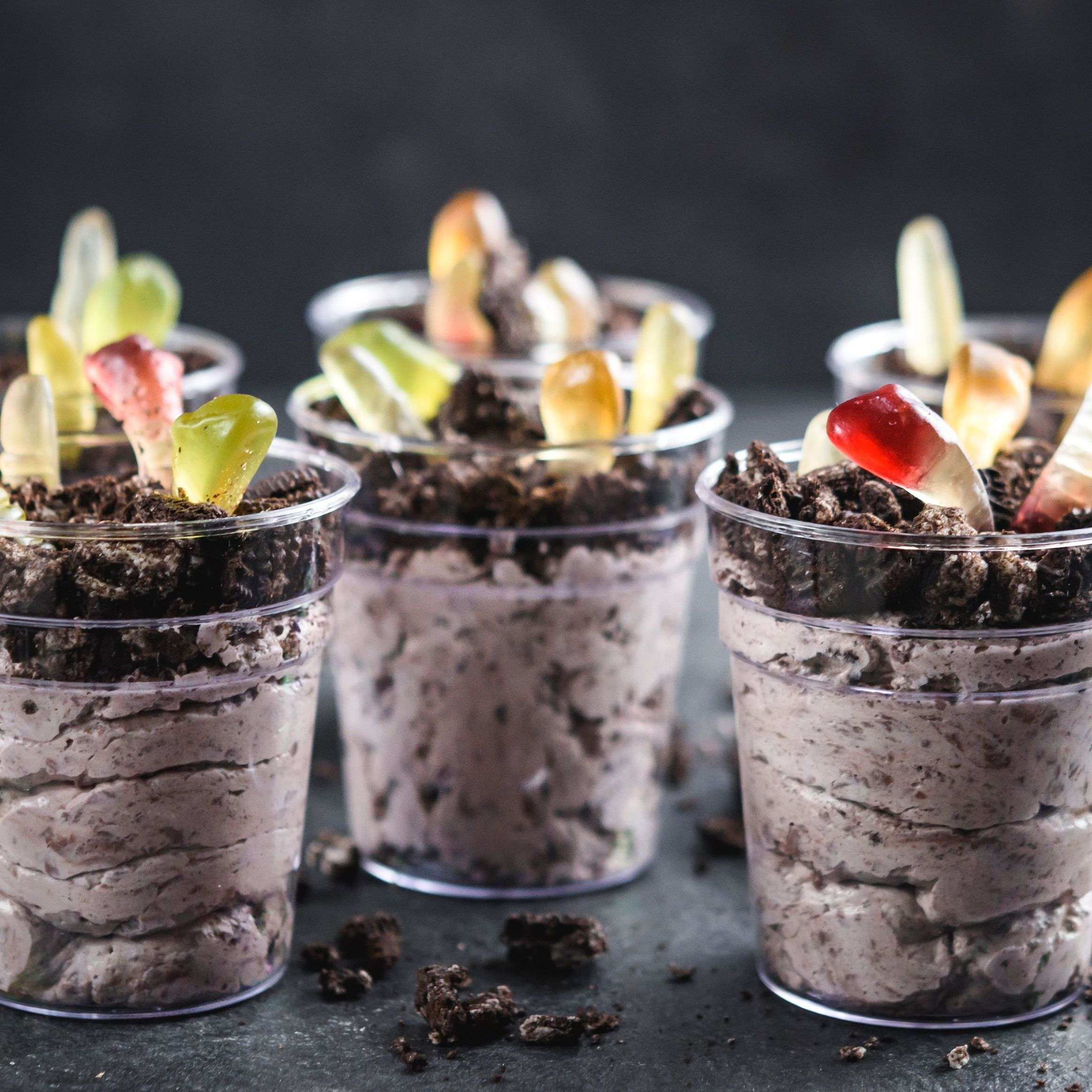 Individual Pudding Dirt Cups - Dessert Recipes Kid Friendly