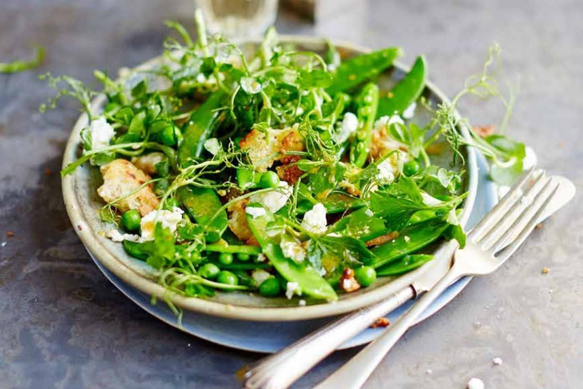 Jamie Oliver's pea and feta salad