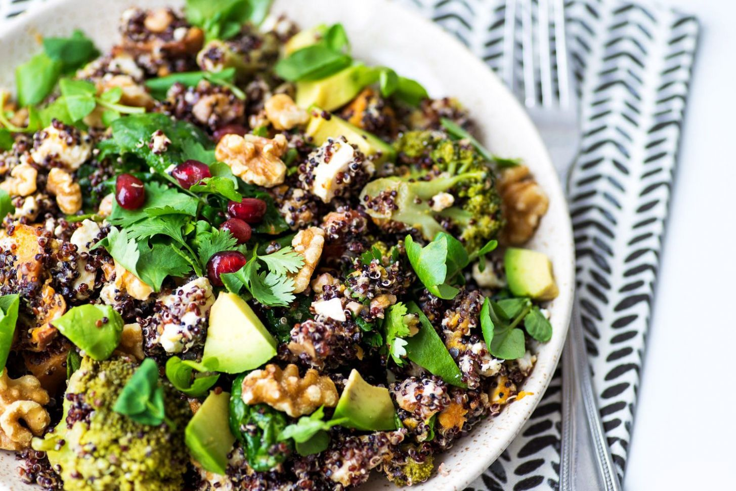 Jamie Oliver's Superfood Salad | Superfood salad, Superfood ...