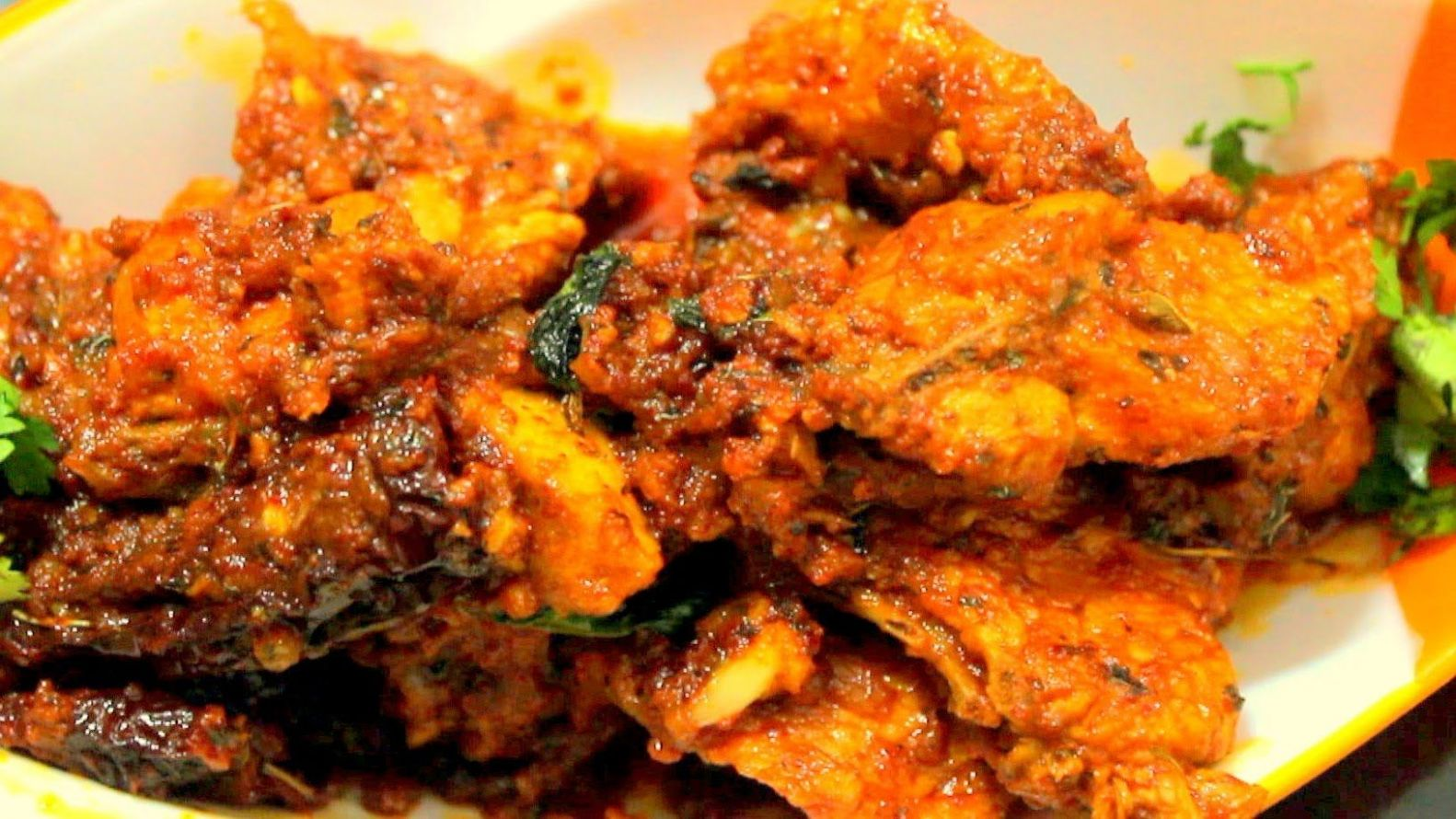 Kashmiri Lasooni Chicken Recipe- Easy Cook with Food Junction ...