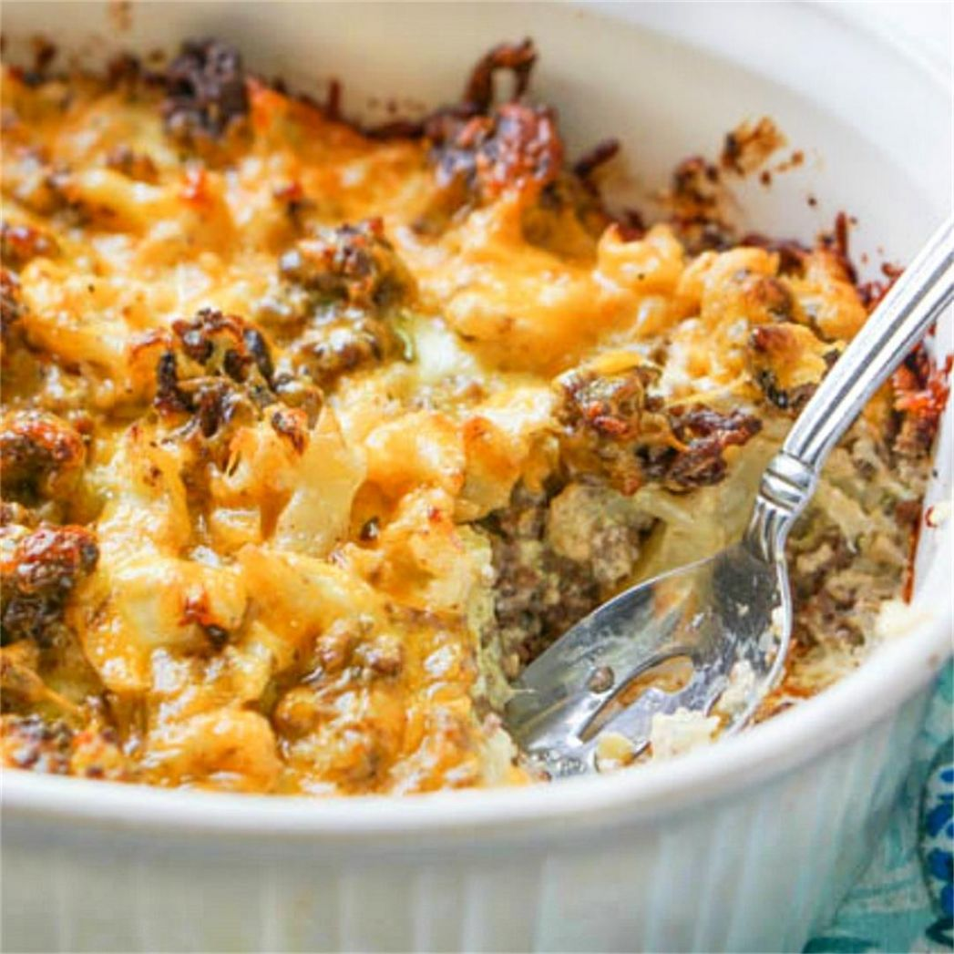 Keto Cauliflower & Cheeseburger Casserole - low carb ground beef ...