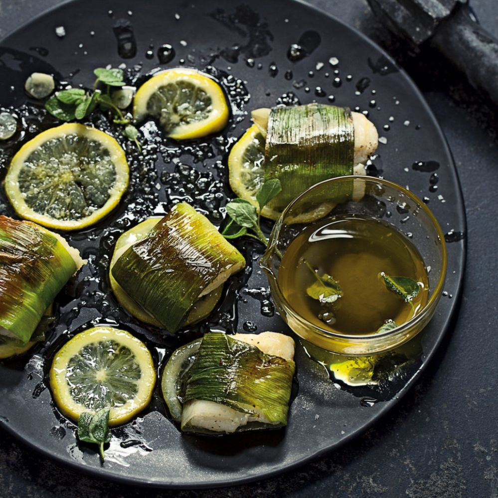 Leek-wrapped fish with confit lemon - Recipe Fish Leeks