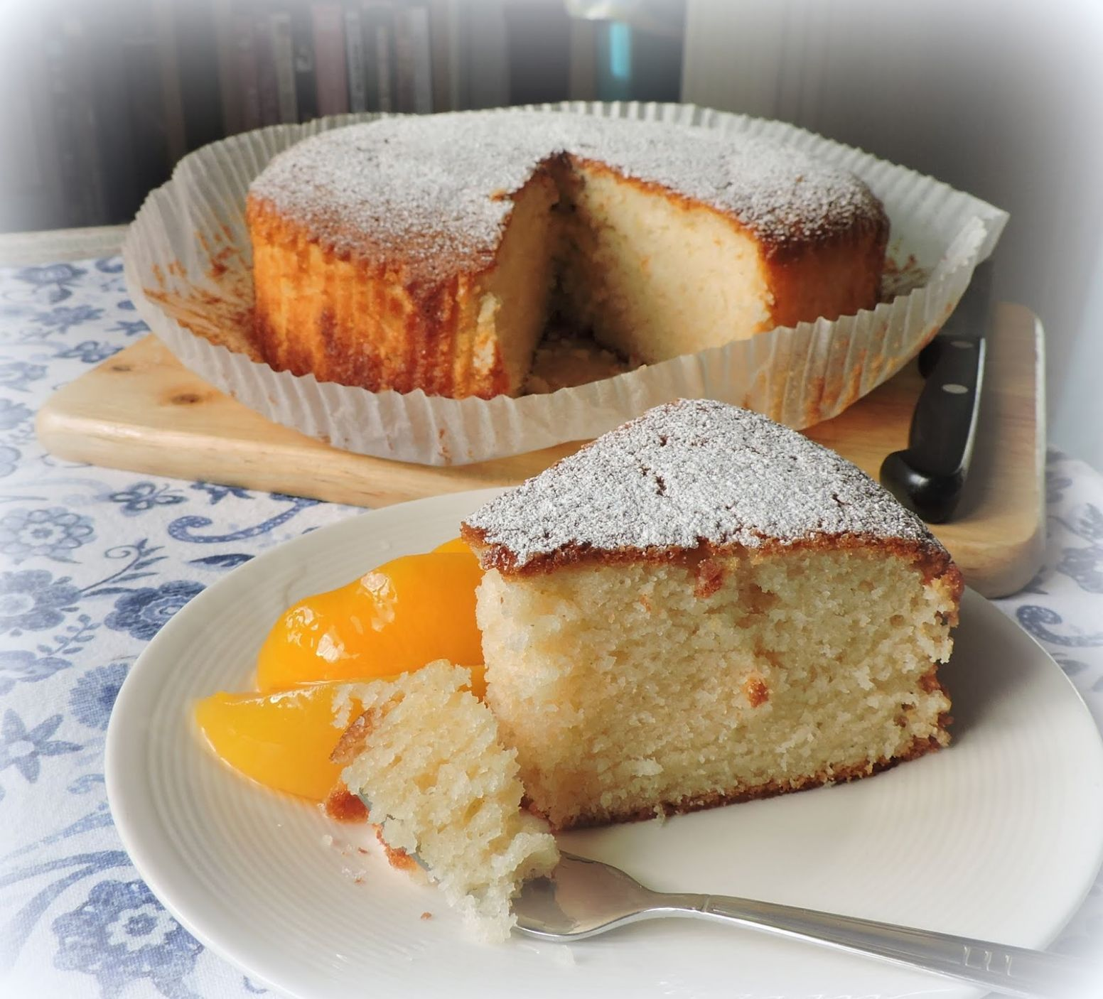 Lemon & Yogurt Cake