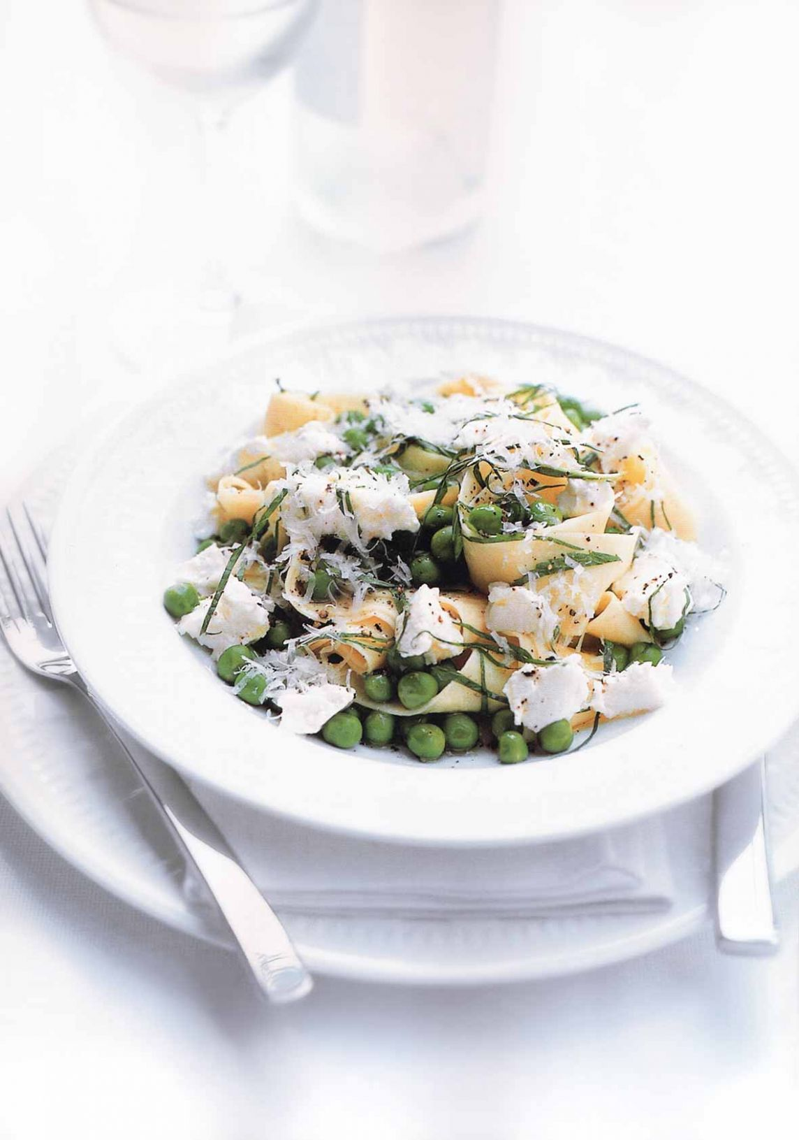 Lemon, Ricotta, and Pea Pasta - Pasta Recipes Donna Hay
