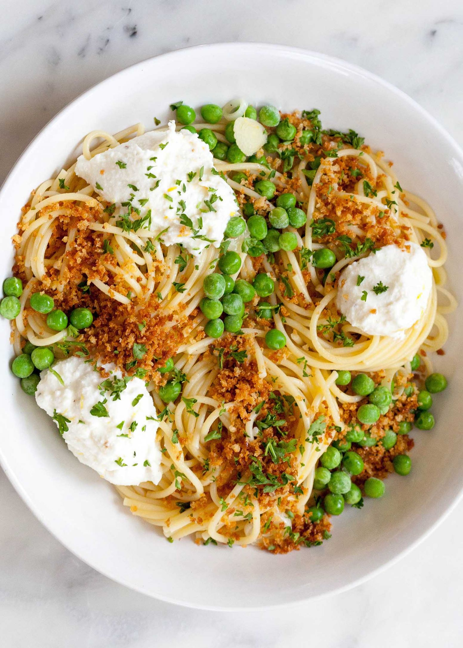 Lemony Spaghetti with Peas and Ricotta - Recipes Pasta Ricotta
