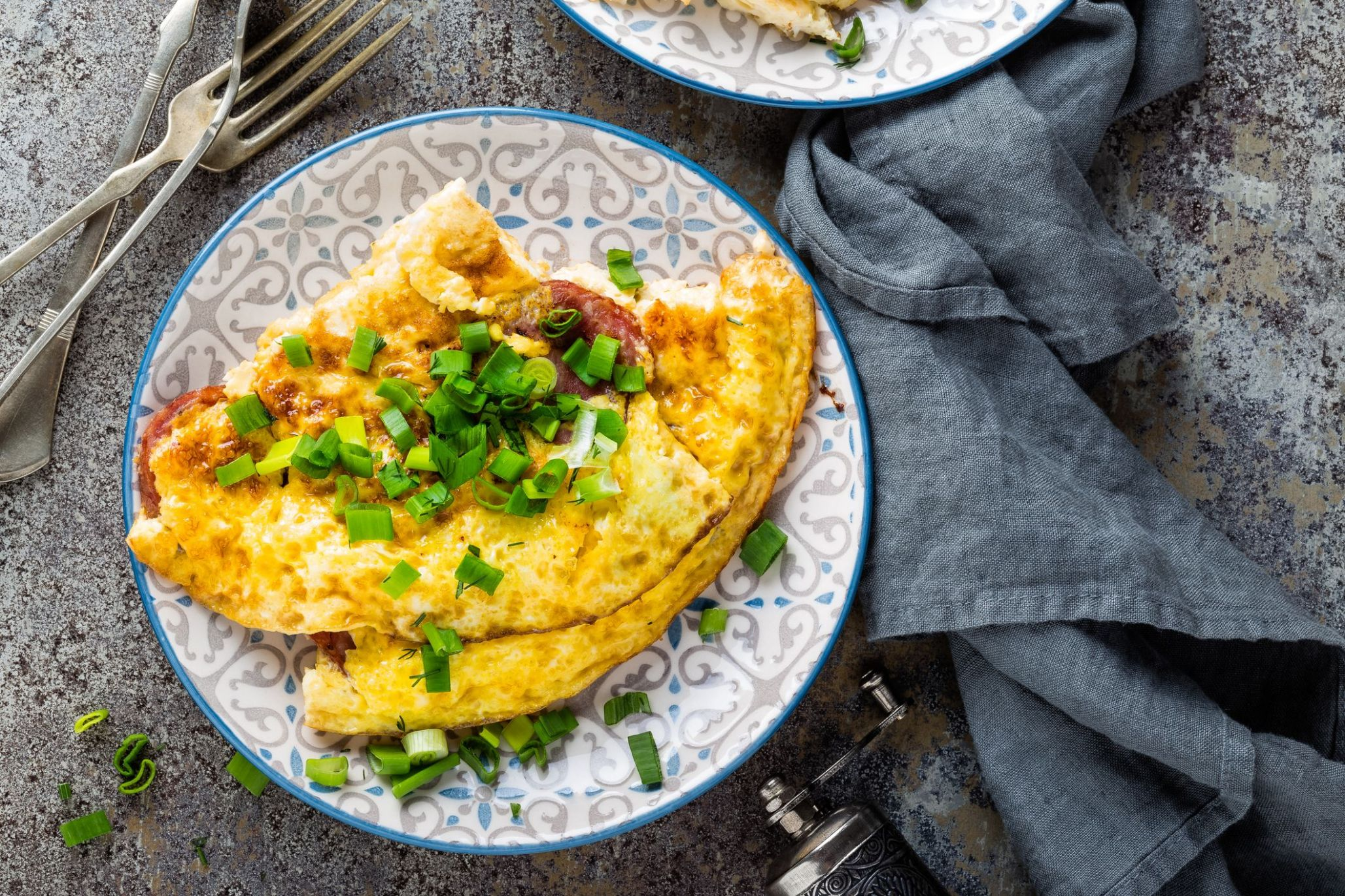 Light breakfast: Omelet with cheese   Light breakfast, Low carb ...