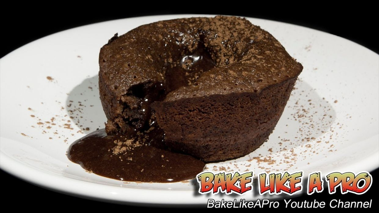 Molten Chocolate Lava Cakes Recipe - Cupcake Tins !