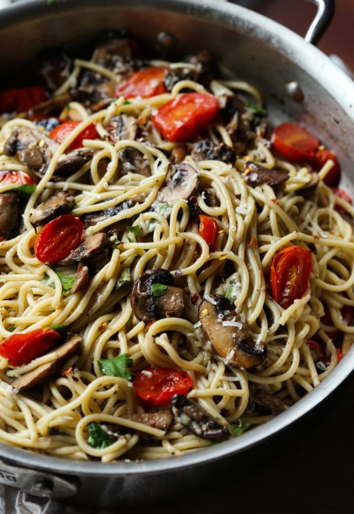 Mushroom and Garlic Butter Pasta - Recipes Pasta With Mushrooms