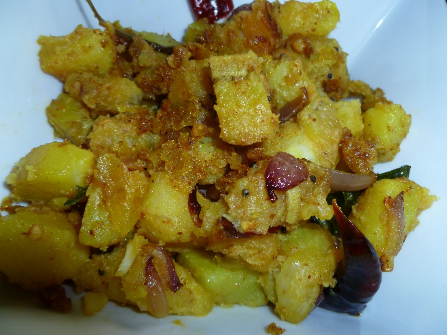 Nisha's Kitchen: Kerala Style Raw Banana & Potato Curry