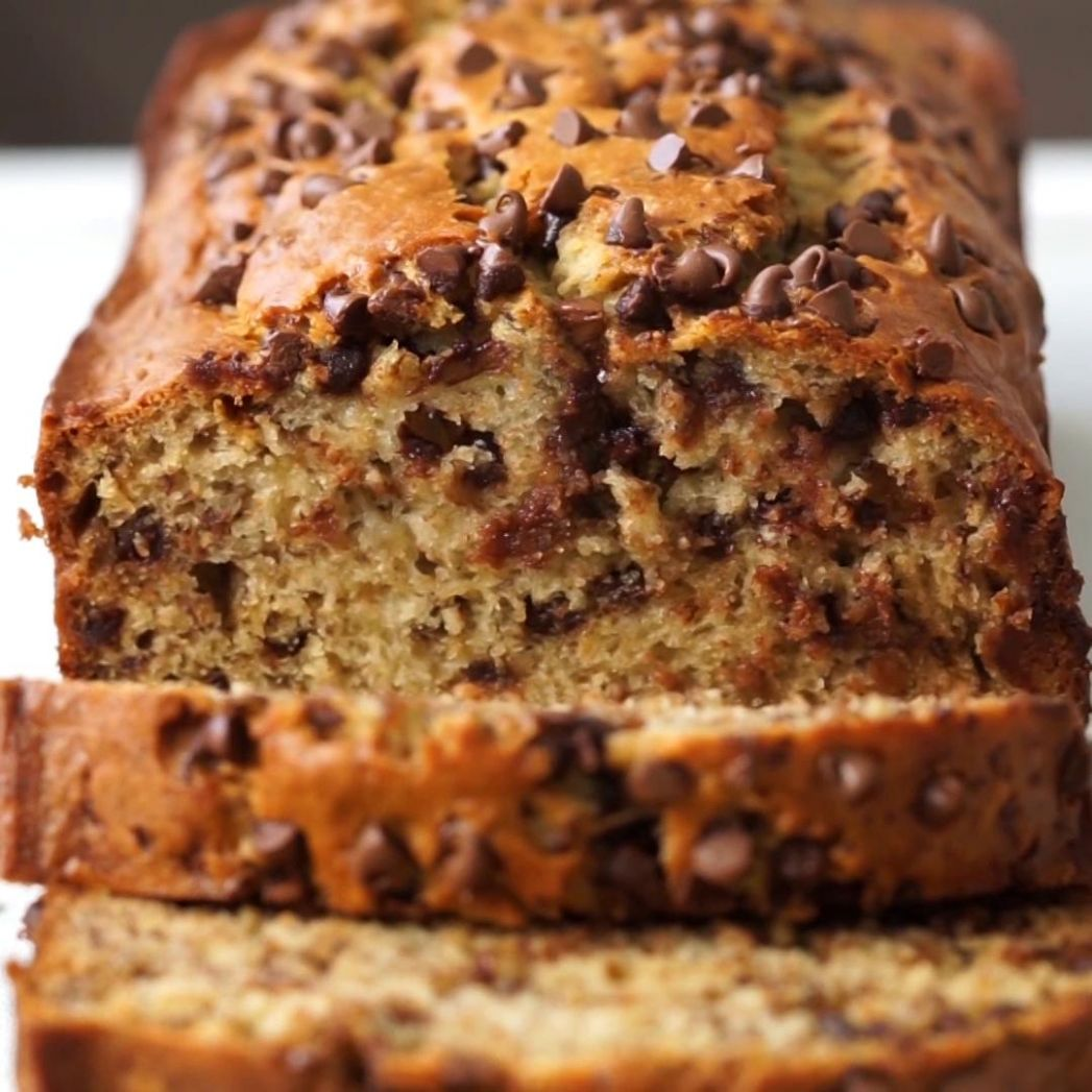 One Bowl Chocolate Chip Banana Bread Recipe by Tasty - Recipes Chocolate Banana Bread