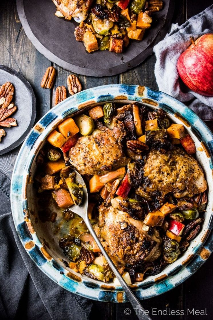 One Pan Bacon Apple Chicken with Sweet Potatoes and Brussels Sprouts - Dinner Recipes Apple