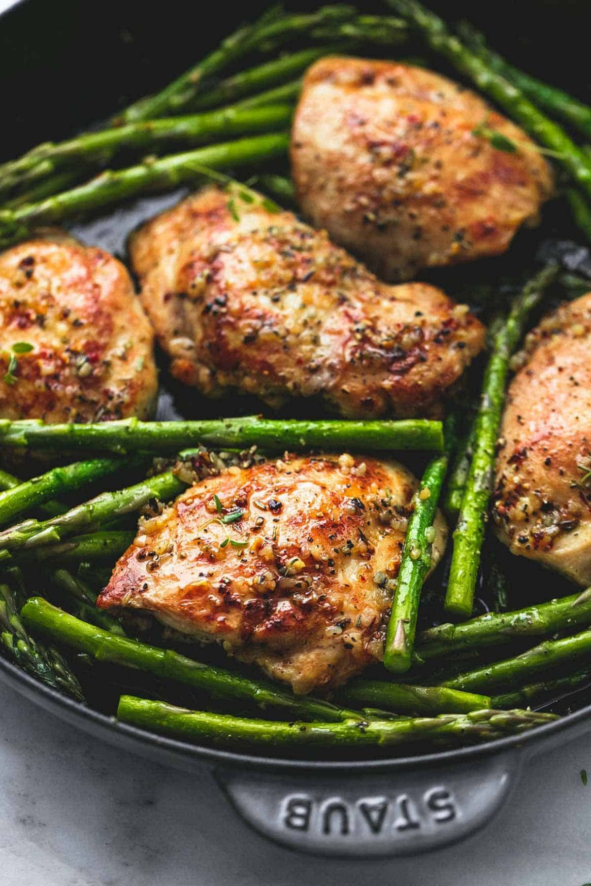 One Pan Garlic Herb Chicken and Asparagus - Recipes Chicken Breast And Asparagus