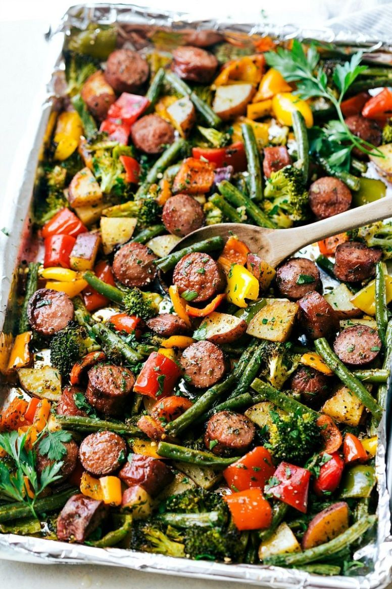 One Pan Healthy Sausage and Veggies - Recipes Vegetarian Sausages
