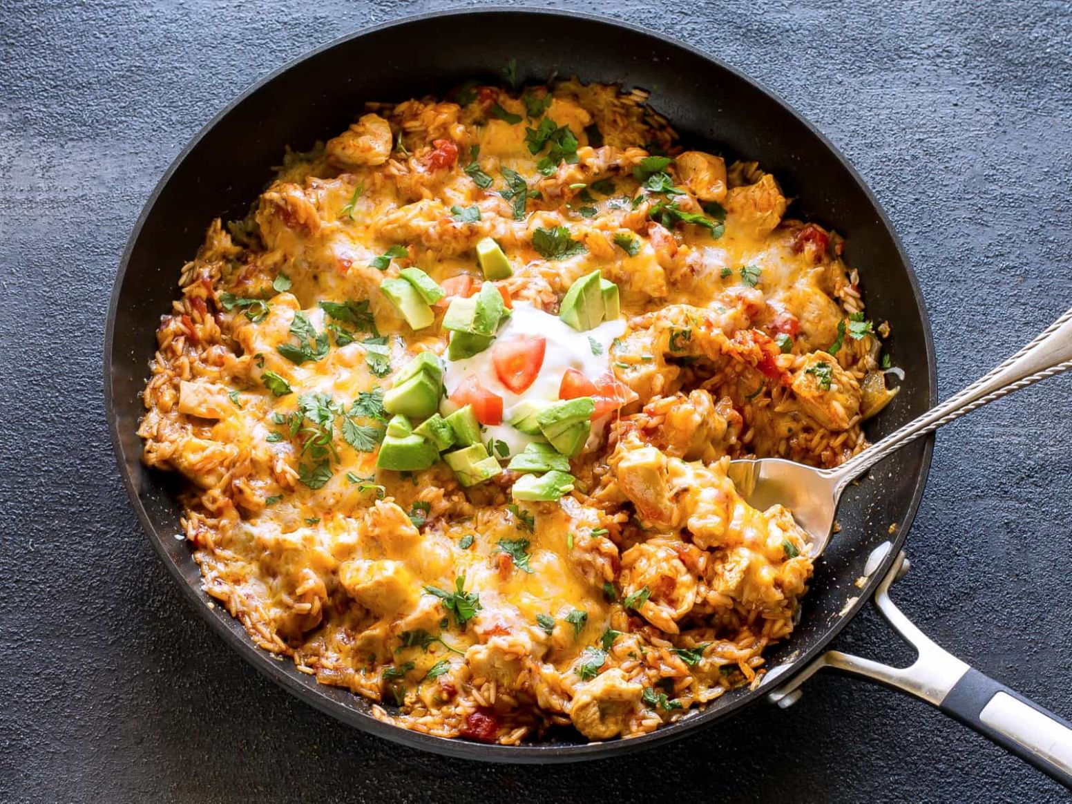 One Pan Mexican Chicken and Rice - The Girl Who Ate Everything - Dinner Recipes Mexican