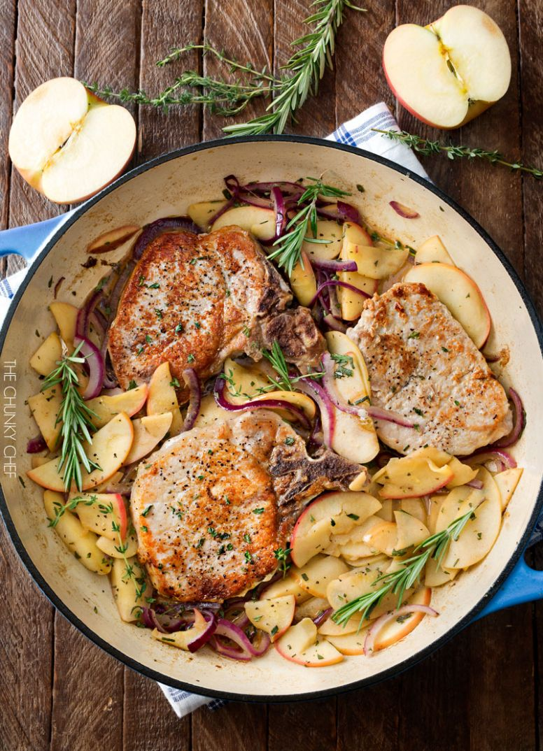 One Pan Pork Chops with Apples and Onions - Dinner Recipes Apple