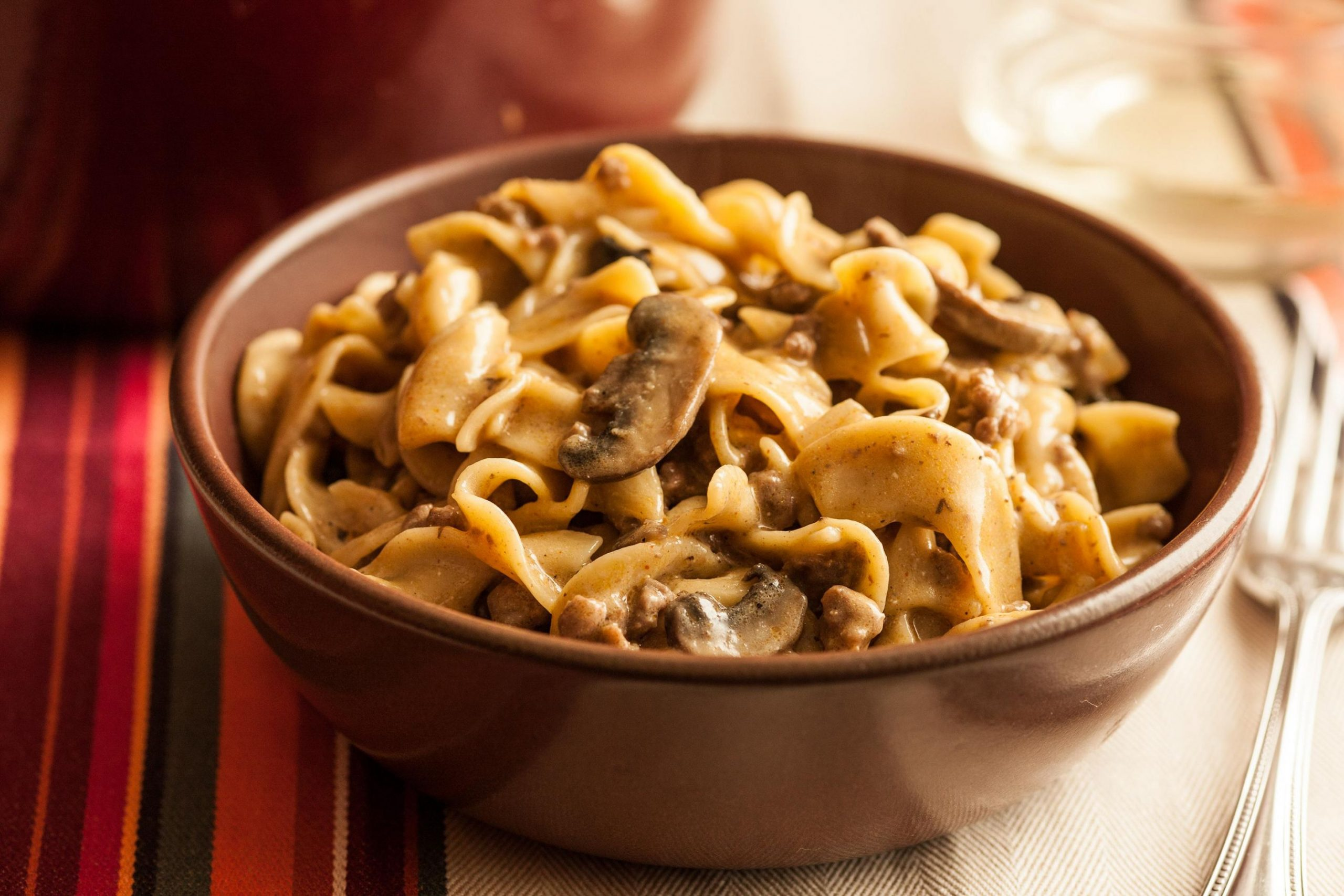 One-Pot Beef Stroganoff with Egg Noodles - Recipes Egg Noodles