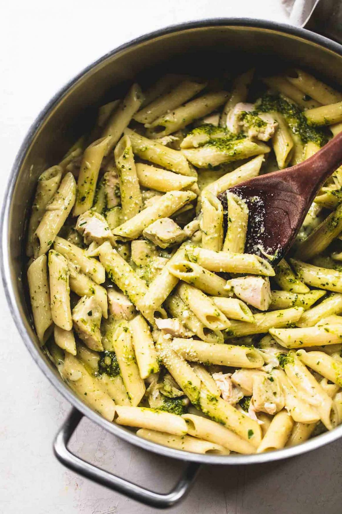 One Pot Creamy Pesto Chicken Pasta