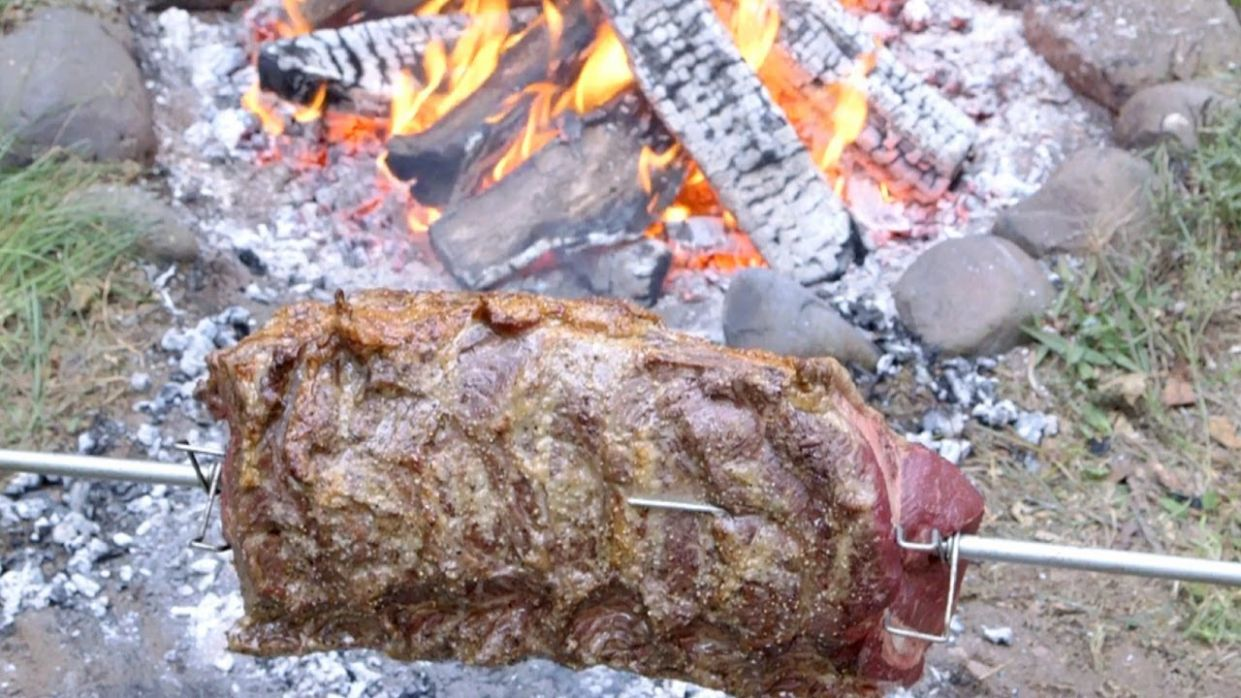 Open Fire BBQ Roast Beef with the BBQ Pit Boys - Recipes Cooking Over Open Fire