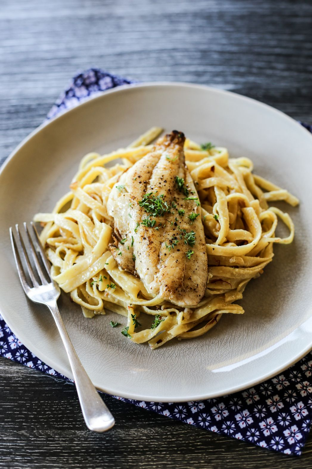 Pan Fried Fish and Saffron Cream Pasta - Recipes Fish Pasta
