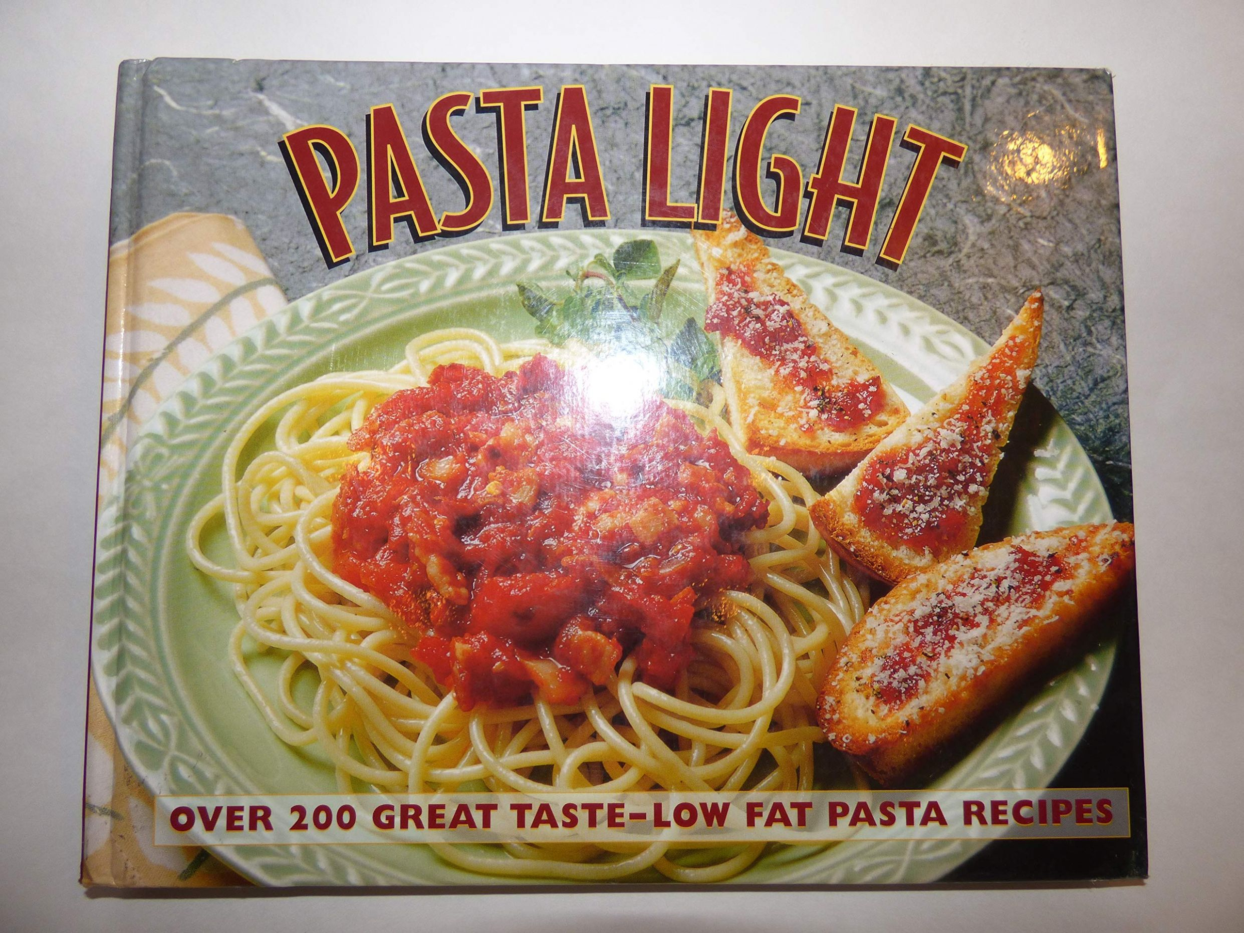 Pasta Light: Over 10 Great Taste, Low Fat Pasta Recipes: Amazon ...