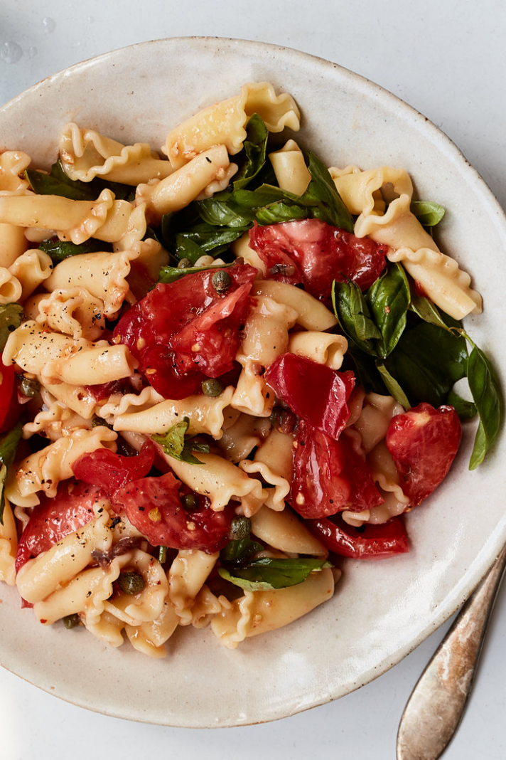 Pasta Salad With Summer Tomatoes, Basil and Olive Oil Recipe - NYT ..