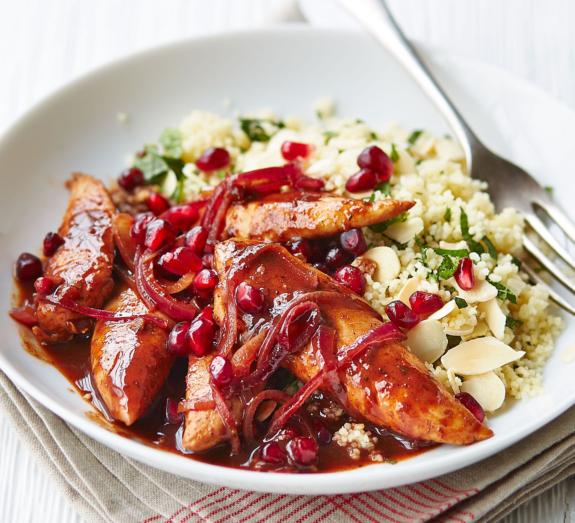 Pomegranate chicken with almond couscous - Recipes Chicken Uk
