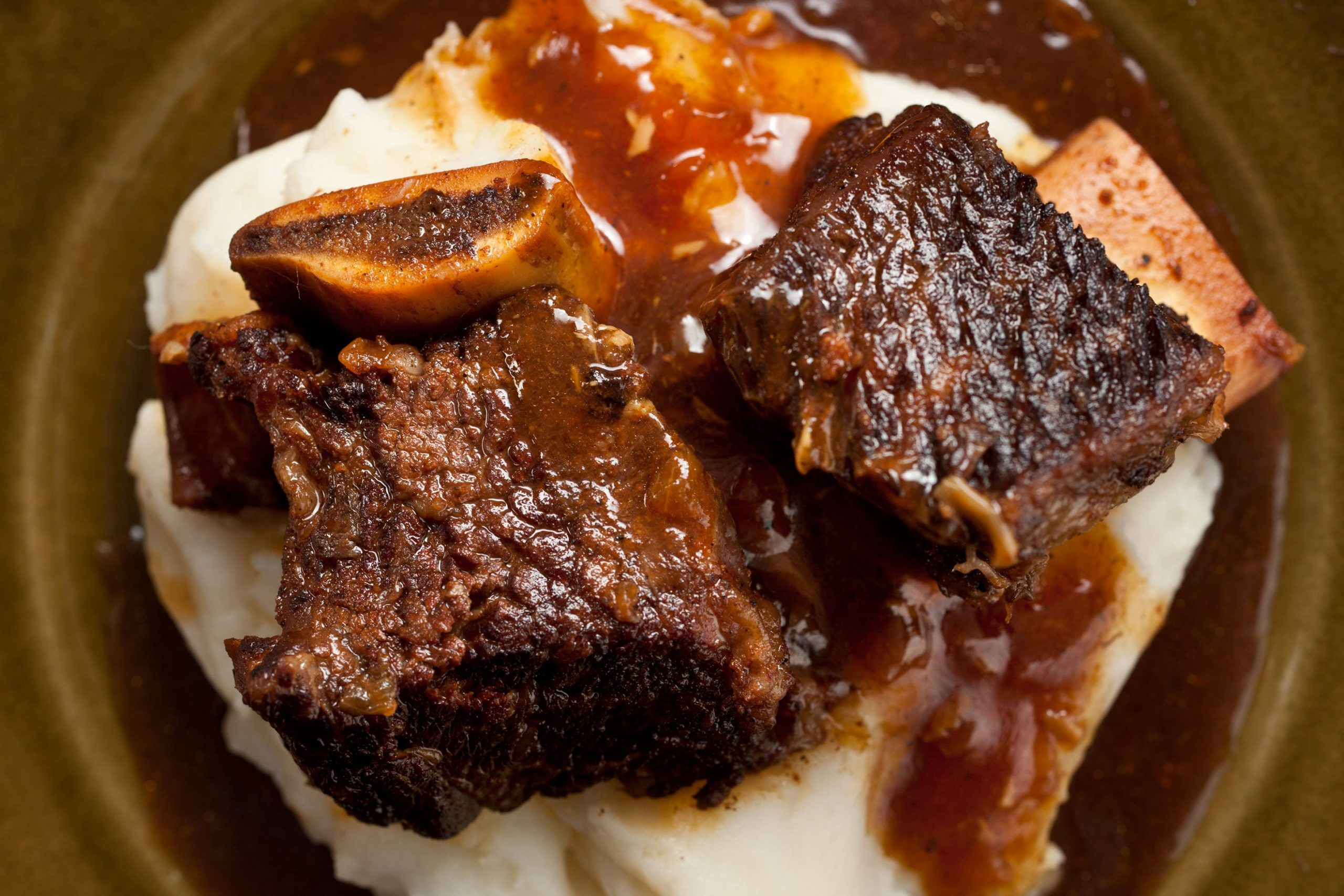 Pressure Cooker Cola-Braised Beef Short Ribs - Recipes Beef Short Ribs