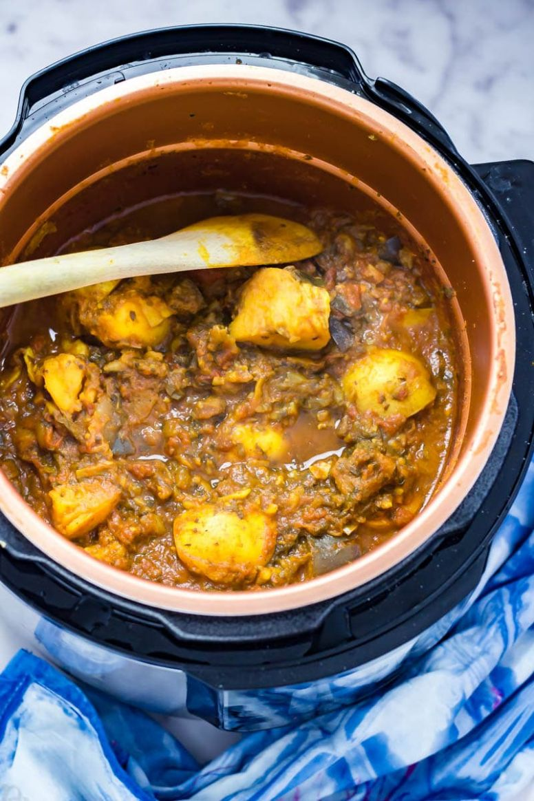 Pressure Cooker Curry with Potato & Aubergine - Potato Recipes Pressure Cooker