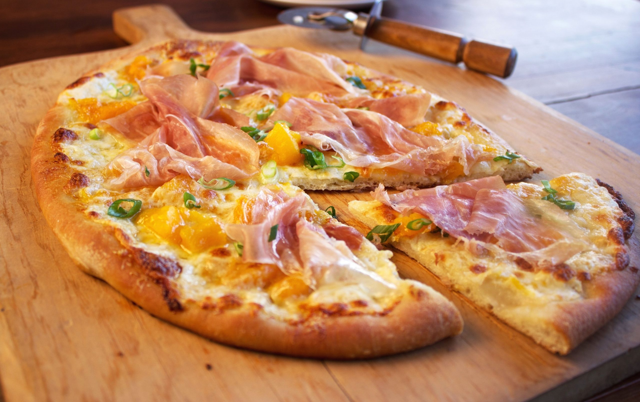Prosciutto Pizza with Spicy Peach Jam and Burrata - Pizza Recipes With Jam