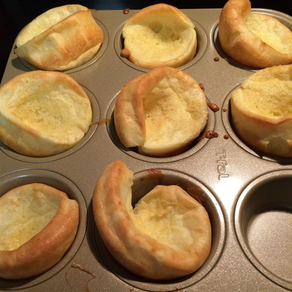 Quick and Easy Yorkshire Pudding - Easy Recipes Yorkshire Pudding