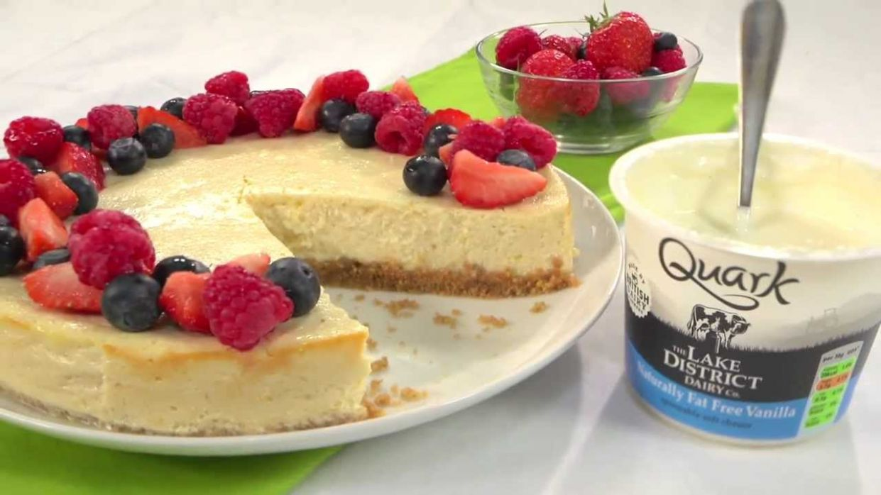 RECIPE - HOW TO MAKE A QUARK NEW YORK CHEESECAKE WITH 11 FEWER CALORIES