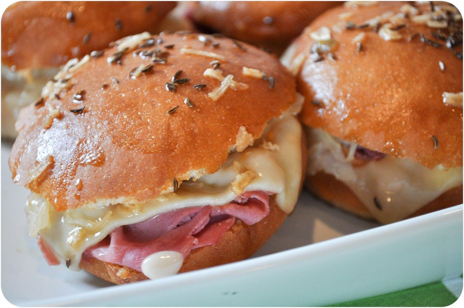 Reuben Sliders with Homemade Thousand Island | Food recipes ...