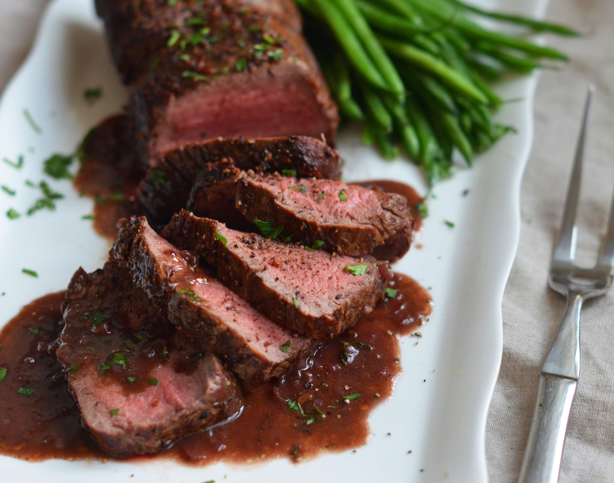 Roast Beef Tenderloin with Wine Sauce - Recipes Beef Loin